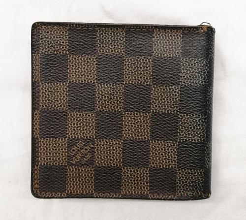 ルイヴィトンダミエ財布全体の査定画像