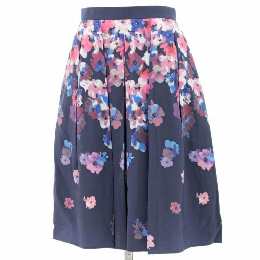 花柄 ひざ丈スカート
